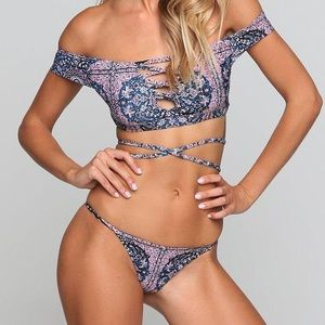 Other - Off the shoulder bikini set